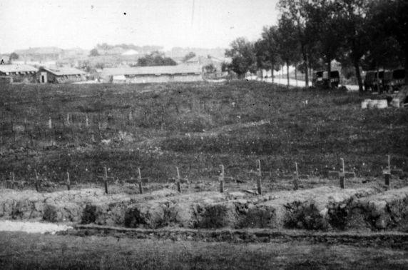 (11159) Graveyard, American Soldiers, France, 1917