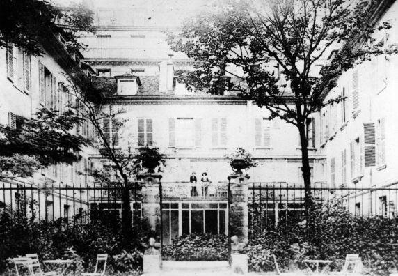 (11164) Red Cross, Base #3, Paris, France, 1917
