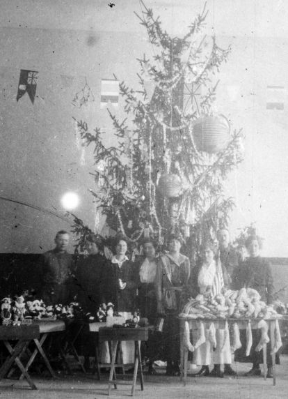 (11172) Christmas Celebration, Base Hospital #17, Dijon, France, 1917