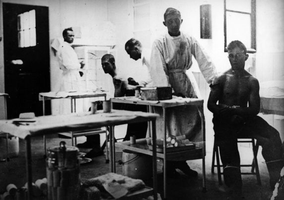 (11189) Base Hospital #17, Wounded Soldiers, Dijon, France, 1917