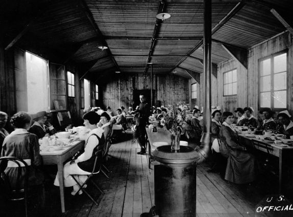 (11208) Base Hospital #17, Nurses Mess Hall, Dijon, France, 1917