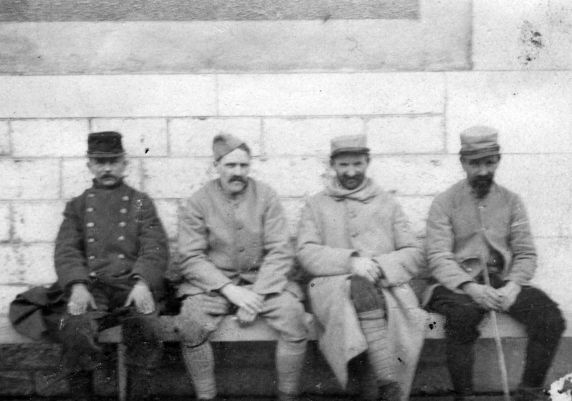 (11245) French Infantrymen, Dijon, France, 1917