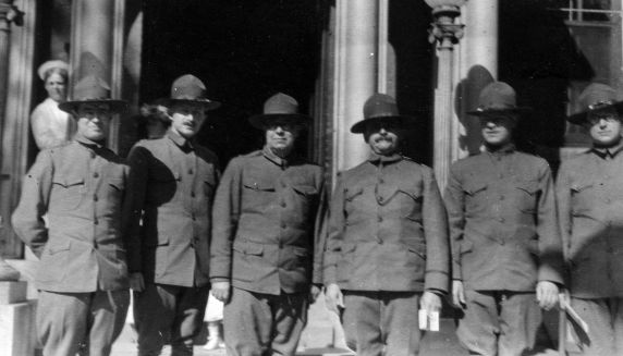 (11250) Base Hospital #17, Doctors, 1917
