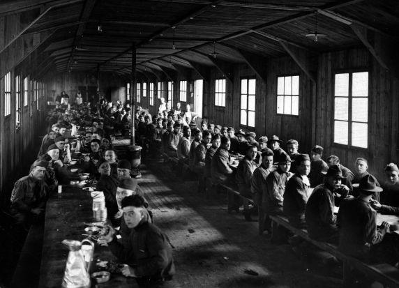 (11282) Base Hospital #17, Mess Hall, Dijon France, 1917