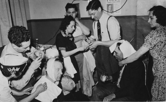 (11489) First Aid, Violence, Pickets, Ford Strike, Dearborn, Michigan, 1941