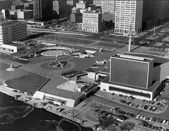 (10005) Districts, Civic Center, Hart Plaza, Detroit, Michigan, 1988