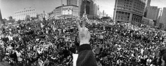 (12010) Demonstrations, Vietnam War, Kennedy Square, Detroit, 1969