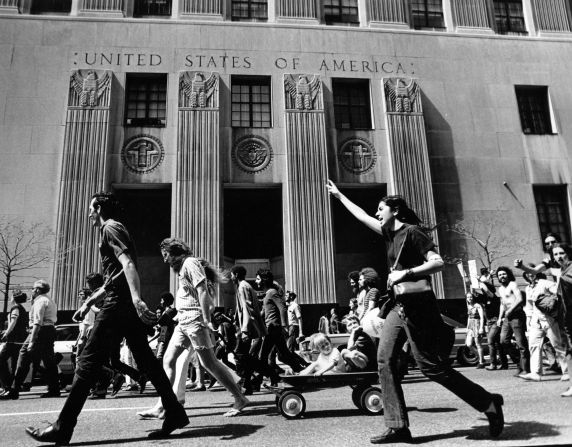 (12011) Demonstrations, Vietnam War, Detroit, 1970