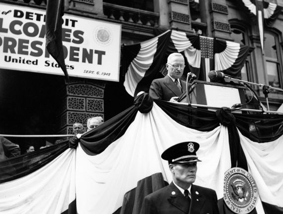 (12021) Presidents, Harry Truman, Labor Day, 1948