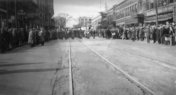 (12271) Ford Hunger March, Funeral Procession, 1932