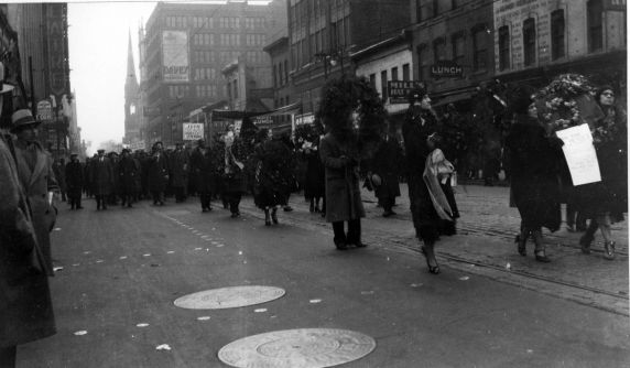 (12272) Ford Hunger March, Funeral Procession, 1932