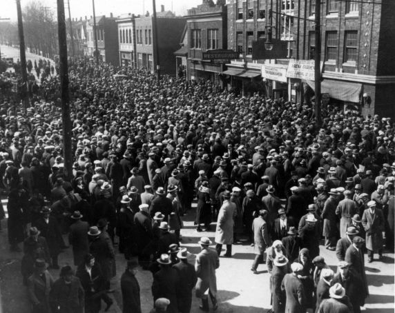 (12275) Ford Hunger March, Funeral Procession, 1932