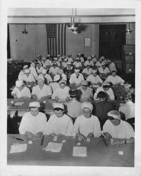 (12371) Red Cross Volunteers, AFSCME Headquarters, 1942