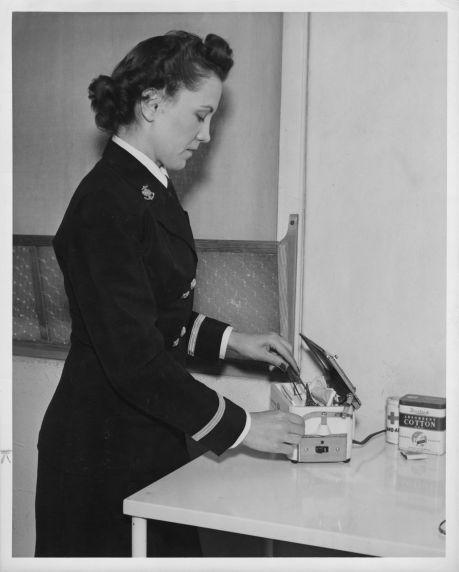 (12372) Navy, Nurses, AFSCME, 1943