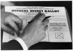 (12442) New Jersey hands vote for AFSCME