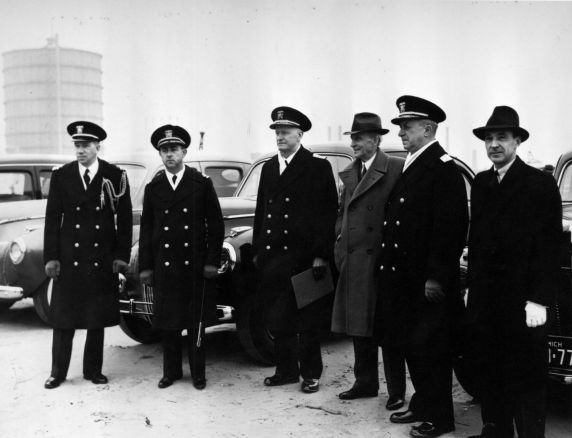 (1713) Military, Ford Motor Company, Navy Project, Dearborn, Michigan, 1941