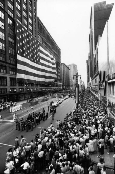 (2439) Buildings, J.L. Hudson's Department Store, Detroit, 1960