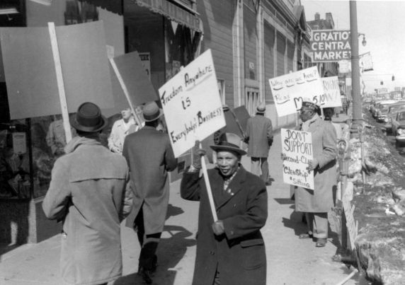 (24846) NAACP, Demonstrations, F.W. Woolworth, Detroit, 1960