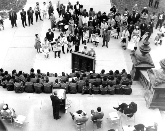 (24849) NAACP, Demonstrations, State Capitol, Lansing