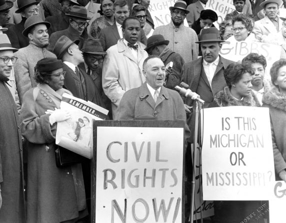 (24849) NAACP, Demonstrations, State Capitol, Lansing, 1960