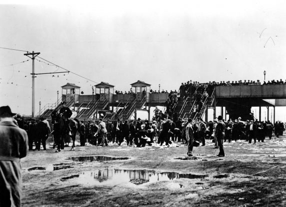 (25232) Battle of the Overpass, Aftermath, Dearborn, 1937