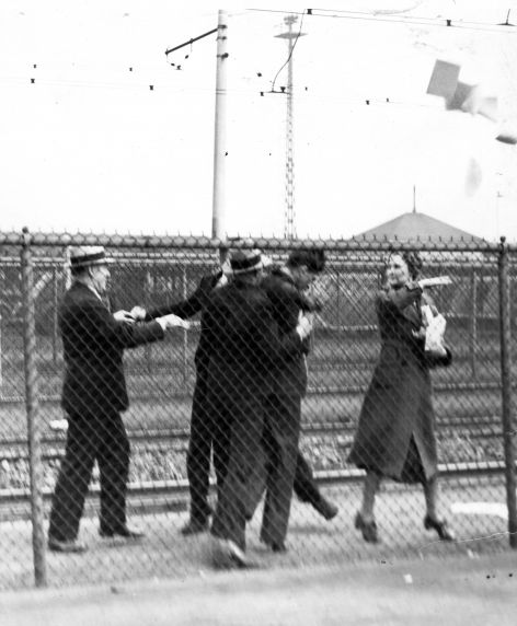 (25256) UAW Organizing, Violence, Battle of the Overpass, Dearborn, 1937