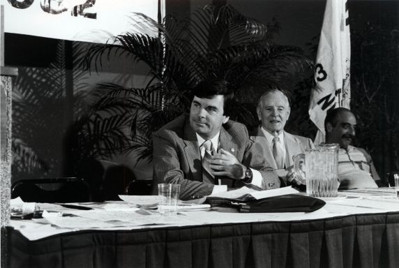 (26915) Council 13 Convention