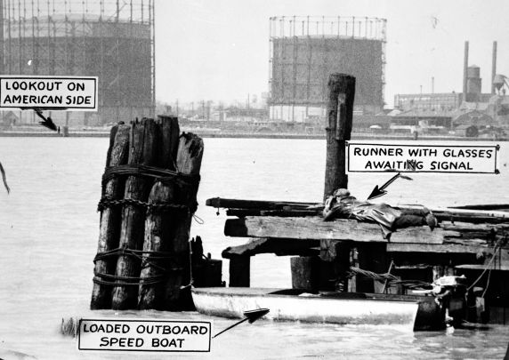 (27833) Prohibition, Smuggling, Detroit River, Detroit, 1929