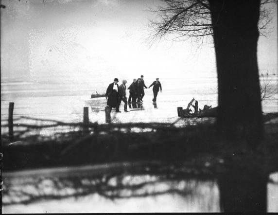 (27841) Prohibition, Smuggling, Detroit River, 1930