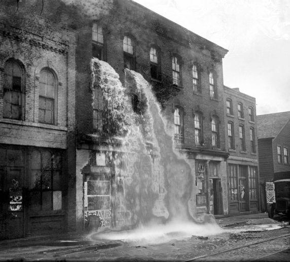 (27850) Prohibition, Raids, Detroit, 1929