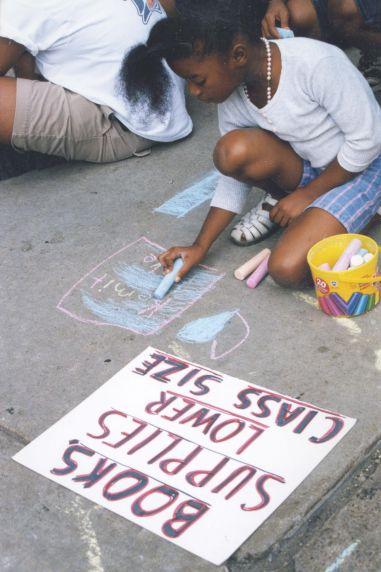 (28056) Demonstrations, Strikes, Detroit Public Schools, 1998-1999