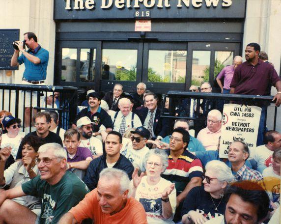 (28065) Strikes, Detroit Newspaper Strike, 1996