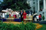 (28105) Clintons at AFSCME Health Security Express rally