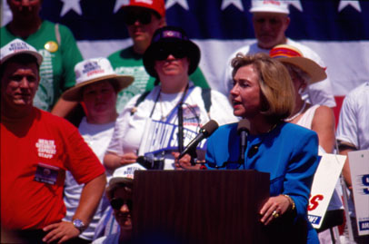 (28106) Clinton at AFSCME Health Security Express Rally