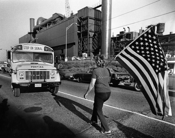 (2819) Demonstrations, Segregation, Busing, Pontiac, Michigan, 1971