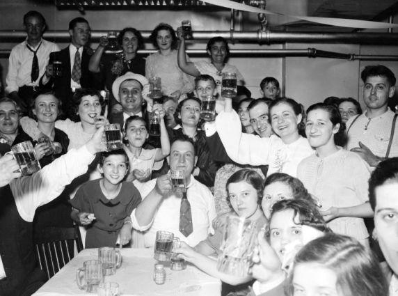 (28302) Ethnic Communities, Romanian, Traditions, Weddings, 1936