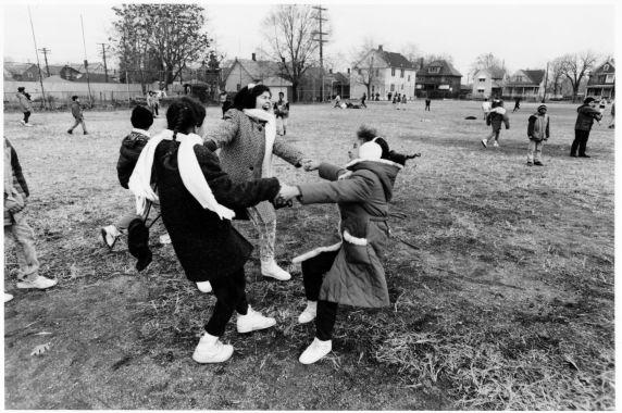 (28274) Ethnic Communities, Latin American, Schools, Children, Detroit, 1992