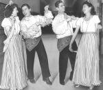 (31969) Ethnic Communities, Mexican, Celebrations, 1940