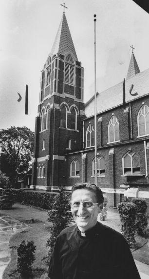 (28322) Ethnic Communities, Hungarian, Churches, Delray, 1977
