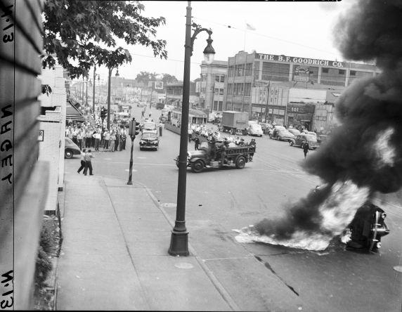 (28600) Race Riots, Detroit, Violence, 1943