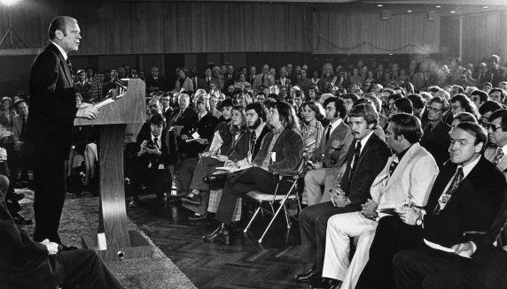 (28821) Presidents, Gerald Ford, Detroit Athletic Club, 1975