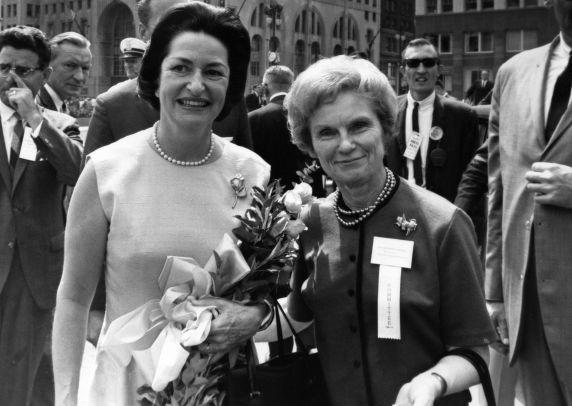 (28833) Lady Bird Johnson, Millie Jeffrey, Labor Day, 1964
