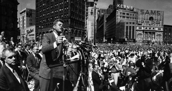 (28843) Political Campaigns, John Kennedy, Detroit, 1960