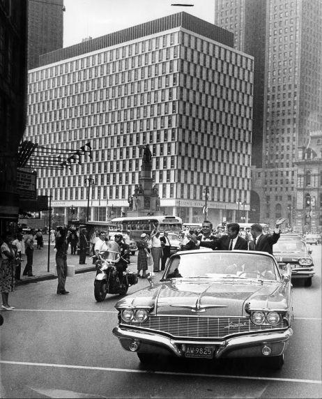 (28845) Political Campaigns, John Kennedy, Labor Day, Detroit, 1960