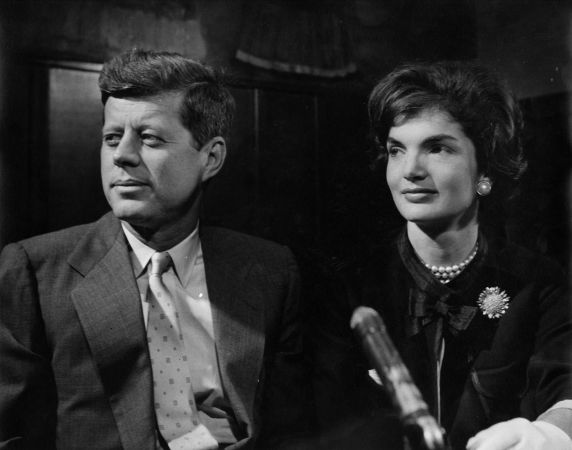(28849) Political Campaigns, John Kennedy, Jacqueline Kennedy, Detroit, 1960