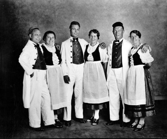 (28925) Ethnic Communities, German, Celebrations, Detroit, 1932