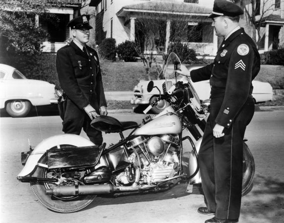 (29174) Police Officers, Columbia, 1956
