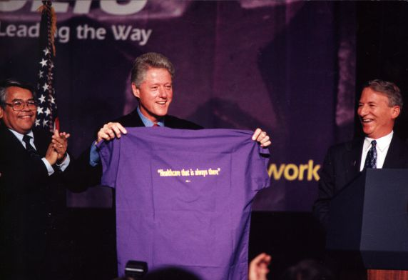 (29214) Bill Clinton, Eliseo Medina, Andy Stern, SEIU 21st International Convention, Chicago, Illinois, 1996