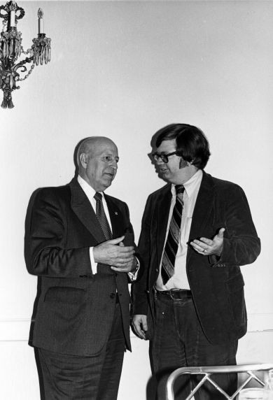 (29276) G. Hardy, D. Tipps, International Staff Luncheon, Washington, D.C., 1980