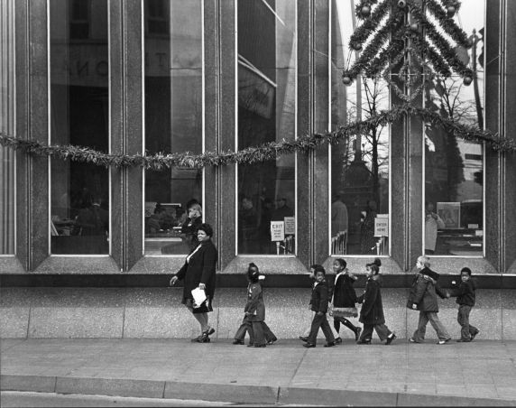 (2929) Shoppers, Michigan Ave., Woodward Ave., Detroit, 1970